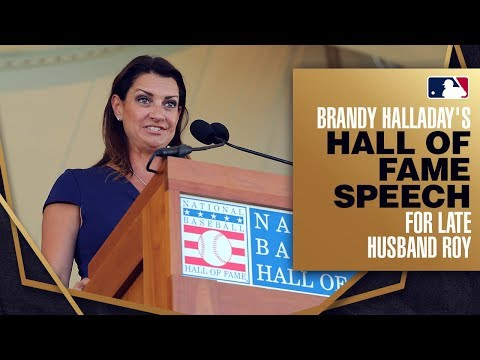 Video: Roy Halladay is inducted into the Hall of Fame