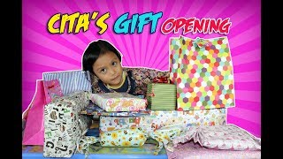 Video Cita's Gift Opening 5th Birthday 💙 Buka Kado Ulang Tahun Cita MP3, 3GP, MP4, WEBM, AVI, FLV Januari 2019