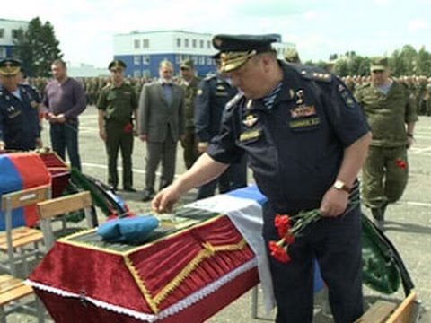 Командующий ВДВ Владимир Шаманов гарантировал, что виновных в гибели 23 солдат найдут и осудят