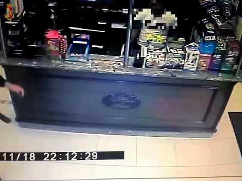 Sventata rapina in un bar IL VIDEO DELL'ARRESTO