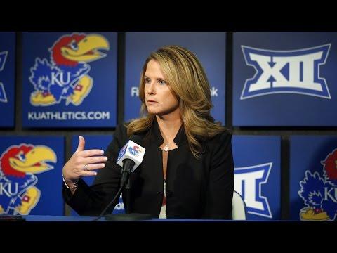 Bonnie Henrickson Post Game Press Conference // Kansas Women's Basketball // 11.22.14