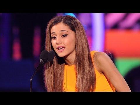 Ariana Grande Wins BIG at Kids Choice Awards 2014!