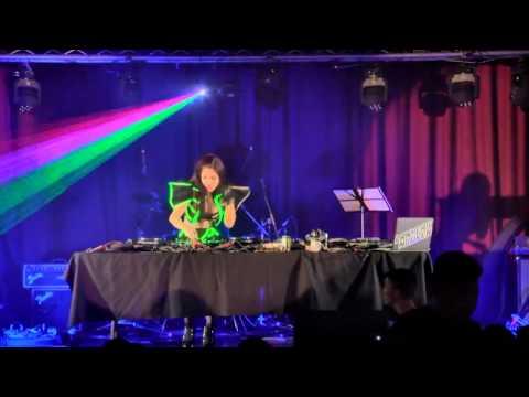 DJ Thúy Khanh - Sẽ Hơn Bao Giờ Hết Live