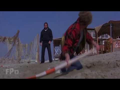 1978: Lo chiamavano Buldozer - La mega scazzottata in spiaggia contro Orso