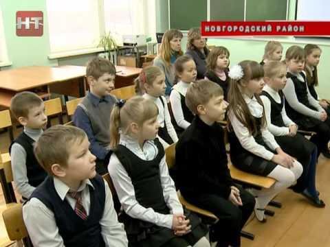 В образовательных учреждениях Великого Новгорода и Новгородского района начала работу передвижная музейная выставка «Кино войны»