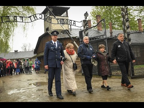 NY Holocaust Survivor, 86, Returns to Auschwitz for First Time with Israeli Military Officers & FIDF