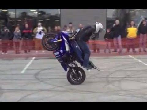 yamaha - extreme stunts on a bad bike!