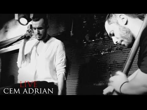 Video Cem Adrian - Ela Gözlüm (Live) download in MP3, 3GP, MP4, WEBM, AVI, FLV January 2017