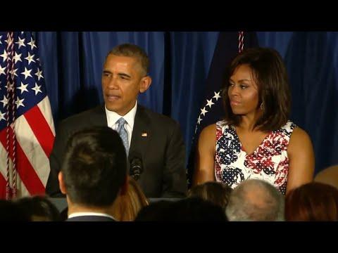 Kuba: US-Präsident auf historischer Reise: Obama reicht Kuba die Hand