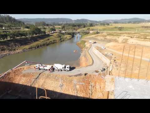 Obras na Barragem Oeste  em Taió - SC
