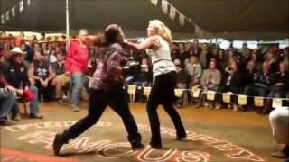 Video 3 women tent fight - Outback Fight Club  - Mt Isa 2015 MP3, 3GP, MP4, WEBM, AVI, FLV Juni 2019