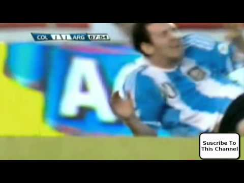 Messi gets hit in face with a football - Pelotazo A Messi - Colombia VS Argentina - En la cara (видео)