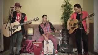 Video Isyana Sarasvati - Tetap Dalam Jiwa (Cover by Tiganama) MP3, 3GP, MP4, WEBM, AVI, FLV Desember 2017