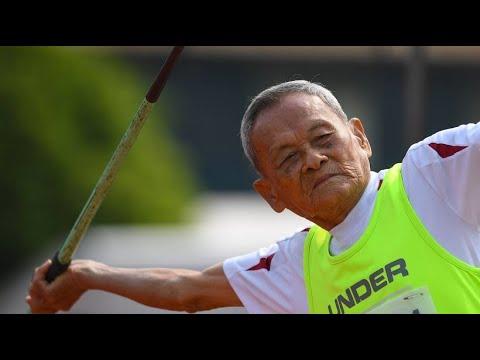 98-jähriger Thailänder überrascht bei Seniorenwettkam ...