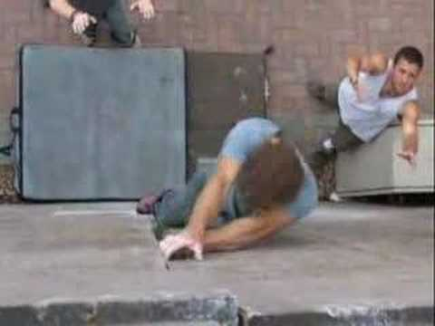 buildering - Trailer for a London Buildering DVD - Sidewalk Slopers Buy the film at www.londonbuildering.co.uk.
