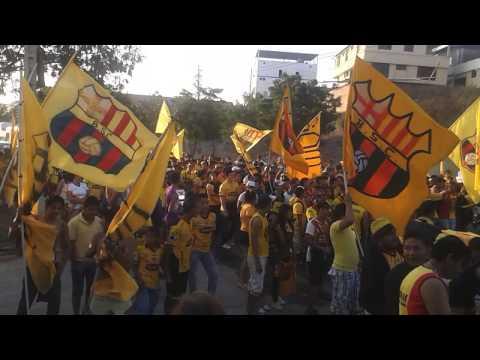 Sur oscura manta bcs caminata - Sur Oscura - Barcelona Sporting Club
