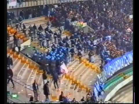 Video SCONTRI ULTRAS ITALIA Verona, Napoli, Bologna, Milan, Atalanta, Brescia, Roma, Lazio ecc...