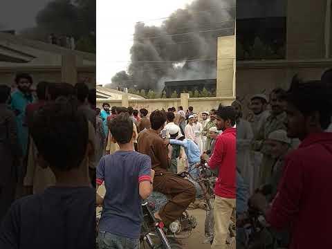 Video Karachi site area fire 🔥 5-7-18 download in MP3, 3GP, MP4, WEBM, AVI, FLV January 2017