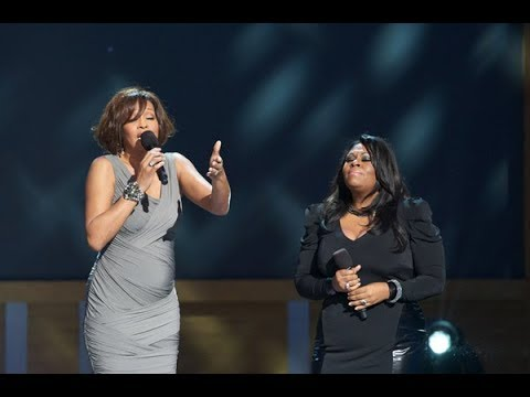 "Whitney Houston And Kim Burrell Perform ""i Look To You"""