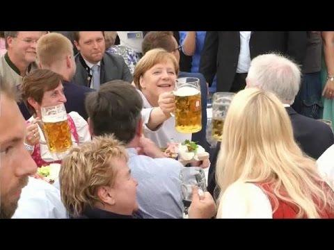 Μέρκελ: «Η ΕΕ πρέπει να παλέψει μόνη της για το μέλλον της»