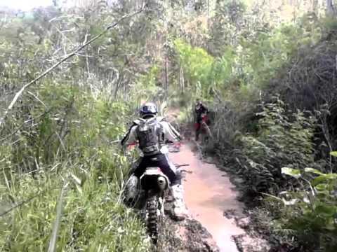 trilha em Maripá de Minas