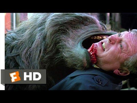 An American Werewolf in London (1981) - London Massacre Scene (9/10) | Movieclips (видео)