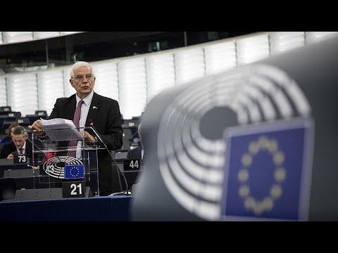 Η ΕΕ κατηγορεί Ρωσία και Τουρκία για την εμπλοκή τους στη Λιβυή…