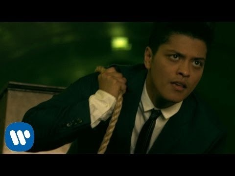 Bruno Mars - Grenade [OFFICIAL VIDEO] (видео)