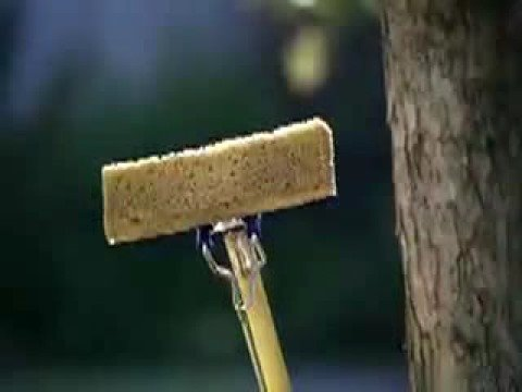 Commercial for Swiffer WetJet (2009) (Television Commercial)