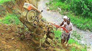 Video Wahh.. Ampun... NEKAT...!! Sopir Traktor Sawah Menuruni Tebing Terjal (Woow.... crazy tractor...!!) MP3, 3GP, MP4, WEBM, AVI, FLV Januari 2019