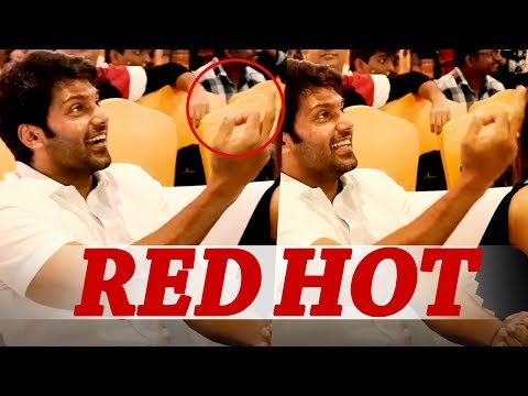 Red Hot: Arya shows Middle Finger to this actor!   Ghajinikanth Audio Launch   Sayyeshaa
