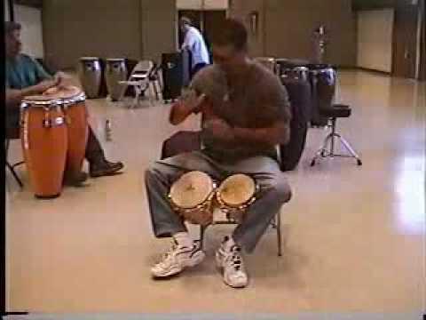 Robertito on bongo