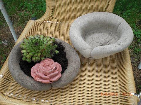 Beton giessen - Blumenschale  fast Halbkugel aus Damenstrümpfen machen