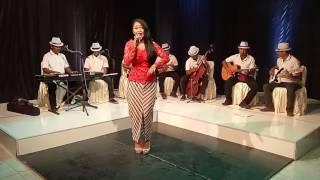 Shary Sunkar Cover Surat Cinta Untuk Starla Versi Keroncong by virgoun