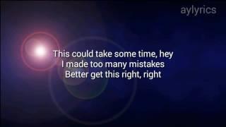 Into you - Ariana Grande (lyrics) Video