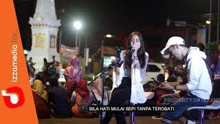 Video Kla Project - Yogyakarta ( Live Cover Tugu Jogja By Nabila feat. Tofan ) MP3, 3GP, MP4, WEBM, AVI, FLV Mei 2019
