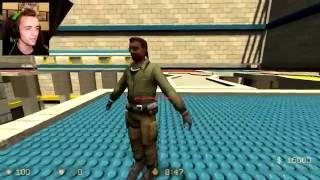 a moodie SQUEEZIE! DES LEGOS PARTOUBLBLBLBLBL !   Smash 2 Counter Strike Source