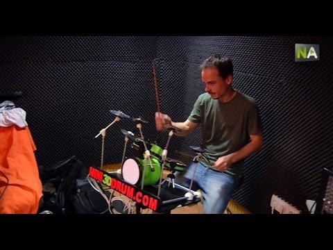 NA Miniatur-Schlagzeug mit elektronischem Drumset dank 3D-Technologie