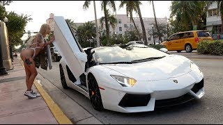 Video Picking Up Uber Riders In A Lamborghini Aventador! MP3, 3GP, MP4, WEBM, AVI, FLV Juni 2019