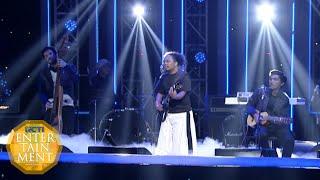 Payung Teduh - Untuk Perempuan Yang Sedang Dalam Pelukan [Ami Awards18th 2015] [22 09 2015]