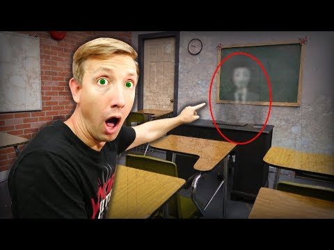 FOUND HACKER SECRET EXPLORING CLASSROOM! (Trapped in Creepy Abandoned Room) iPhone Confiscated
