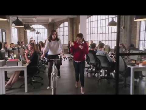 PASANTE DE MODA - Trailer 1 - Oficial Warner Bros. Pictures