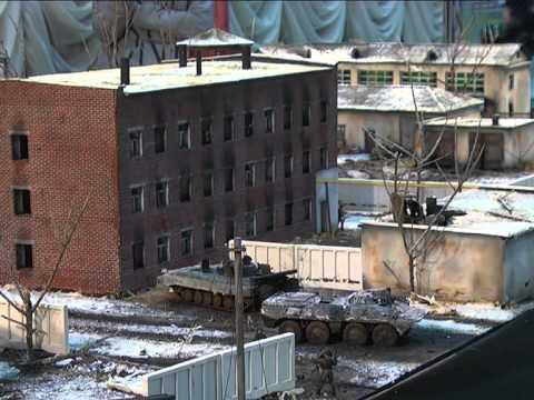 Самарец создал диораму штурма Грозного
