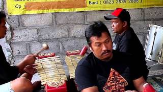 Video Kuda Lumping Trance Dance Music from Java, Indonesia MP3, 3GP, MP4, WEBM, AVI, FLV Agustus 2018