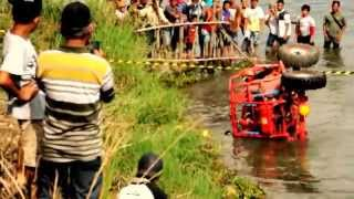 Takengon Indonesia  city images : KECELAKAAN TRAGIS MOBIL OFF ROAD GAYO TAKENGON ACEH INDONESIA