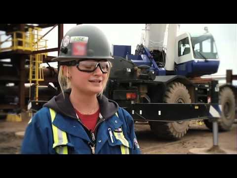Working at URS Flint: Chelsea Wanner, Crane & Hoist Operator, Oilsands Construction Operations