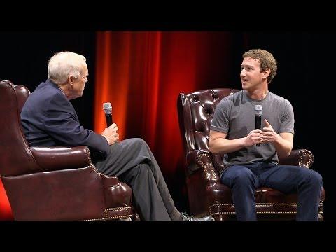 President John Hennessy and Mark Zuckerberg