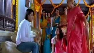 Baby He Loves You Song Lyrics from Aarya-2 - Allu Arjun
