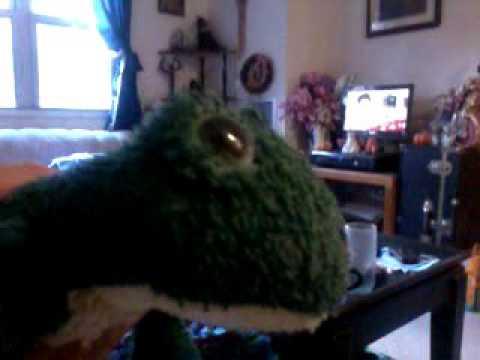 Hopscotch Frog Stuffed Toy, Bath and Bodyworks