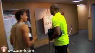 Video Exclusif : Thierry Henry retrouve les jeunes de l'Academy de l'AS Monaco. MP3, 3GP, MP4, WEBM, AVI, FLV Juli 2017